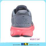 Schoenen van de Sport van de Stijl van de Tijd van het Ras van de Vrouwen van Blt de Atletische Lopende