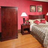Mobilia moderna di legno della camera di albergo del pezzo di terra coltivato a gemellare la ciliegia rossa