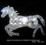 O ferro de cristal do motivo dos Rhinestones dos produtos da etiqueta no Applique remenda a faixa de fixação de Strass para o vestuário da roupa do traje