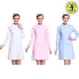 Infirmière de dessins et modèles uniformes de l'hôpital à la mode