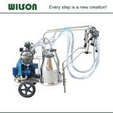 モーターおよびガスエンジン牛搾り出す機械