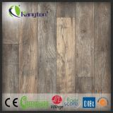 Plancher de PVC de vinyle de cliquetis de qualité