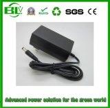 prix d'usine 8.4V 2A/Li-ion lithium/chargeur de batterie au lithium polymère pour appareil médical