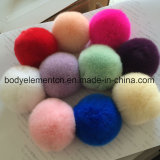 Il vario formato e colora la sfera reale della pelliccia del coniglio di 100%