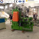 Machine en plastique verticale d'injection pour la fiche à C.A. d'annonce d'énergie électrique