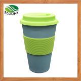 Tasse de café en bambou de fibre avec le couvercle et la chemise de silicones