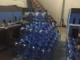 Máquina que moldea del soplo automático para las botellas de agua 20 litros