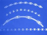 Il tipo del filo di acciaio Caldo-Ha tuffato il filo galvanizzato del nastro del rasoio per difesa
