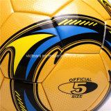 El peso de tamaño oficial coincide con laminado de balón de fútbol