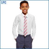 Мальчиков пригонки школы рубашки втулки тонких длинние с пятном прочь