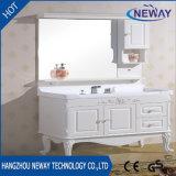 Тщеты ванной комнаты пола стоящие деревянные белые