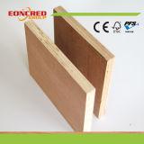 Madeira compensada de Okoume/madeira compensada comercial do fuzileiro naval de Plywood/18mm