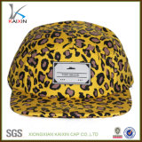 カスタム編まれたラベルのヒョウプリント5パネルの急な回復の帽子の帽子