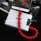 Le bracelet de perles a conçu le câble micro d'USB