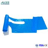 Avental descartável do avental poli à prova de graxa plástico liso do avental