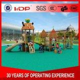 OEM Glijden van de Apparatuur van de Speelplaats van het Pretpark van de Prijs van de Fabriek Het Houten Openlucht