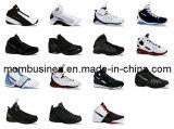 La marca de fábrica de la manera se divierte los zapatos