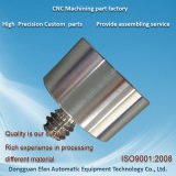 Machine automatique de pièces de précision en acier inoxydable Pièces tournant d'usinage CNC
