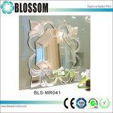 Specchio decorativo di trucco di figura del fiore dell'annata