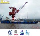Grúa de la orilla usada en el puerto para manejar los contenedores