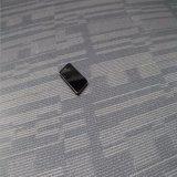 Facile installare la pavimentazione magnetica del vinile del PVC di scatto
