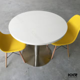椅子および表を食事する4 Seaterの固体表面