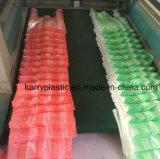 Sacchetto di acquisto di plastica messo a nudo colori multipli di colori con le maniglie