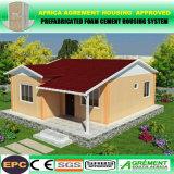 아름다운 오두막 및 국가 초막이 사면 지붕 조립식 콘크리트에 의하여 유숙한다