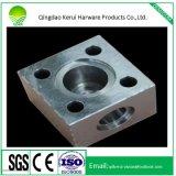 Partie d'usinage CNC en acier au carbone pour les pièces automobiles