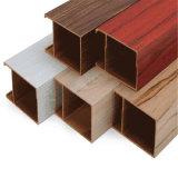 Линии потолков WPC для потолков крытого украшения деревянных пластичных составных