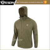 Зеленый мужчин в поход в походах куртки тонкие спортивной одежды кожи одежды