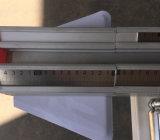 Table coulissante de la scie pour couper les planches avec Gribouillis couteau stratifié