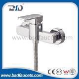 Único misturador fixado na parede do Faucet do chuveiro do banheiro do cromo do quadrado do punho