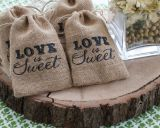 Le linge de maison personnalisé coulisse Sacs de faveur de mariage