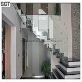 Vidrio endurecido claro inferior modificado para requisitos particulares de la barandilla de la barandilla de la escalera del hierro