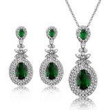 Insieme verde smeraldo bianco dei monili della CZ del commercio all'ingrosso di Zircon di verde di doratura elettrolitica