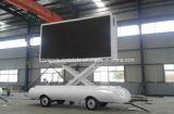 P8 P10 HD im Freienled Schlussteil mit anhebendem Bildschirm bekanntmachend