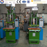 高品質の工場供給のカスタムプラスチック縦の射出成形機械