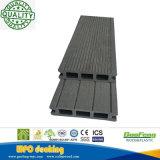 박층으로 이루어지는 벽지 형식 방화 효력이 있는 목제 플라스틱 합성 Decking 25*114mm