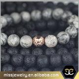 De Geparelde Armband van de Leeuw van mensen Hoofd, de Armband Mjb038 van de Charme van de Parel