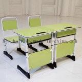 Стул и стол мебели класса начальной школы регулируемые