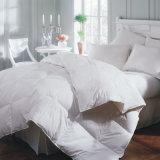 En duvet/Quilt 1,5 kg avec une bonne qualité 50%50%polyester coton