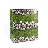 El patrón de lunares revestido de arte de la moda bolsa de papel de regalo