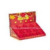 Composer le présentoir utilisé par mémoire de compteur de carton pour le mascara