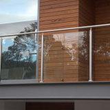 Traliewerk van de Trap van het Balkon van het Glas van het roestvrij staal het Post Aangemaakte