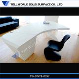 Forma de foguete de luxo CEO Escritório Design em forma de Z branco sólido de acrílico Tabelas de Gerenciador de superfície