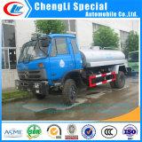유조 트럭 연료 수송 트럭이 Dongfeng 2400gallon 석유 탱크 트럭 연료 Bowser 트럭에 의하여 급유한다