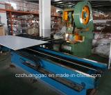 PVCによって薄板にされる展覧会ブースの陳列台の穴のパネル