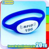 HUAYUAN HF 13.56MHz NTAG213 Silicone Smart RFID Wristband pour gymnase