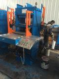 Le caoutchouc chausse la presse hydraulique de machine